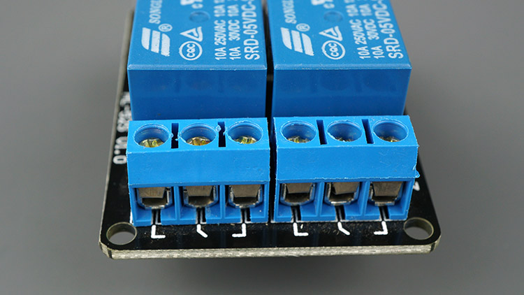 Relay module mains voltage side