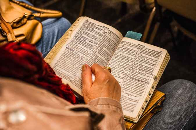 40 Day Bible Challenge, giving Bibles to those in need