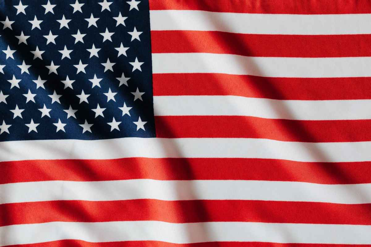 flattering flag of united states of america_prayer and fast