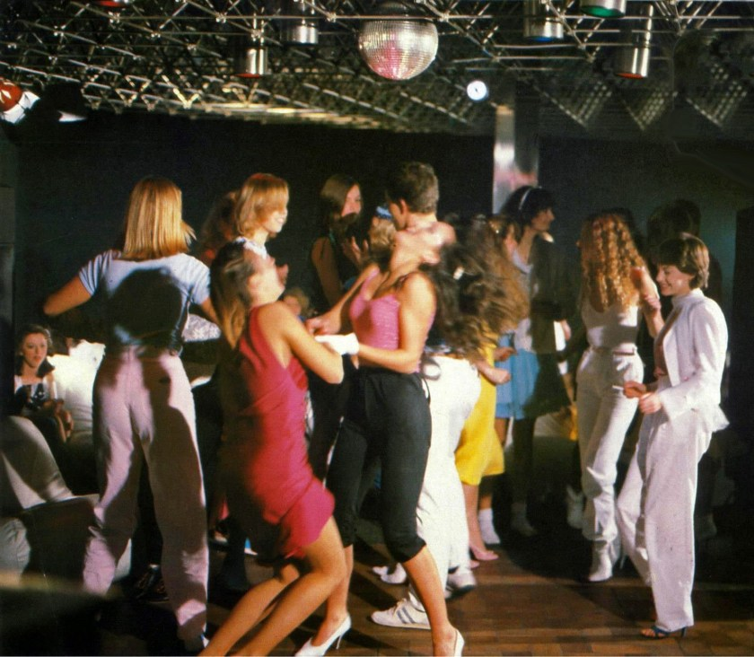 1970s High School Dance (4)