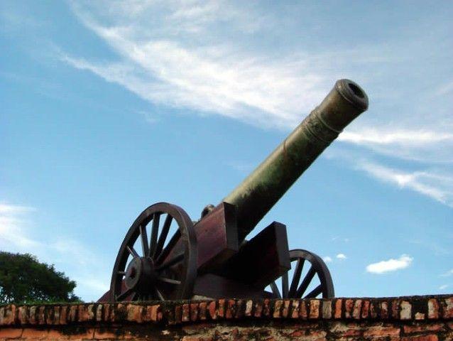 Uno de los cañones del Fort Cornawallis. Fuente: http://penangpage.com/esplanade/
