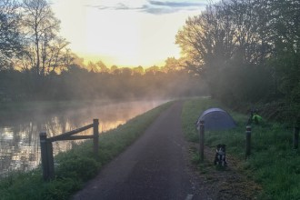 bivouac-canal-bourgogne-vélo