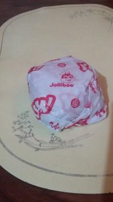 "Jollibee ""Yum Burger"""