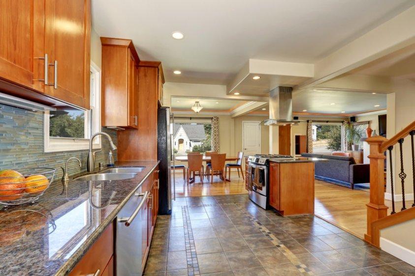 range hood in a beautiful kitchen