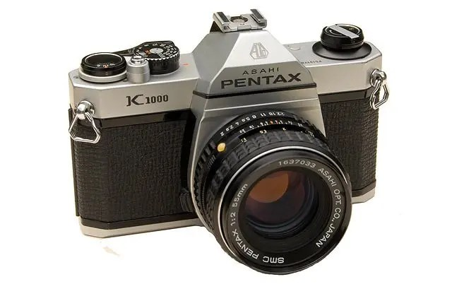 Pentax K1000 with SMC 50mm f2 lens
