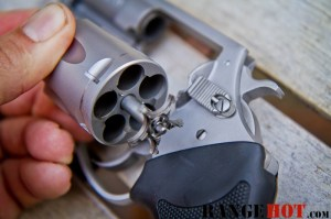 Charter Arms Bulldog-16