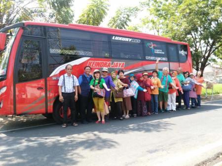 Harga Sewa Bus Pariwisata Semarang