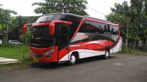 Bus Pariwisata Semarang Terbaru