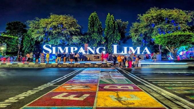 Wisata Semarang Simpang Lima