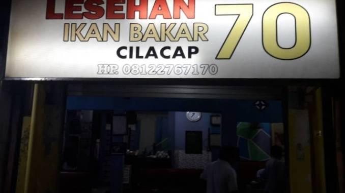 Rumah Makan Lesehan Ikan Bakar 70