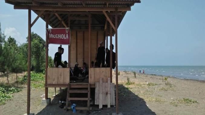 Pantai Kemangi
