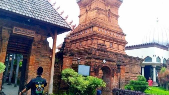 Masjid Menara & Makam Sunan Kudus