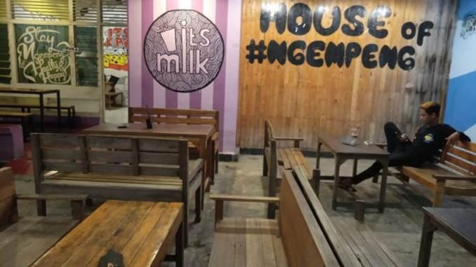 Cafe Restoran Rumah Makan Purwodadi