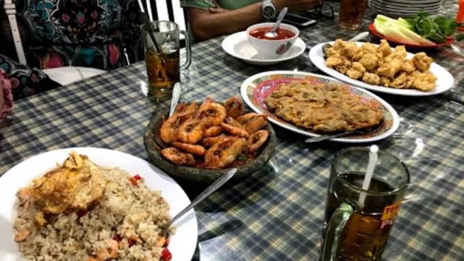 Rumah Makan Seafood Hein