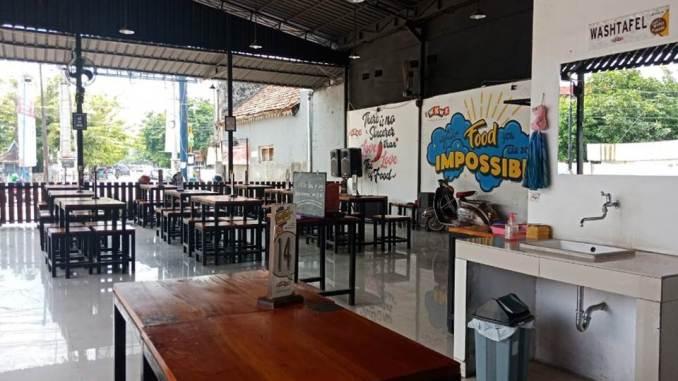 Cafe WKWK Tegal