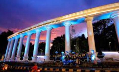 Paket Wisata, Paket Tour, Paket Liburan, Open Trip, City Tour, Paket Rekreasi, Paket Liburan Ke Bogor dari Semarang