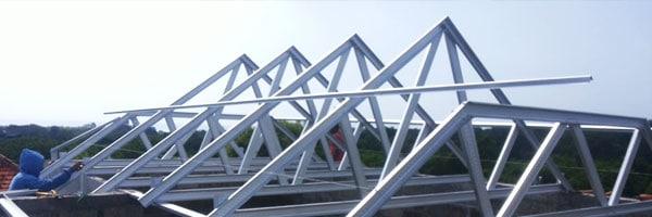 gambar rangka atap baja ringan limasan 3 cara mudah mengetahui kemiringan rumah cepat tepat