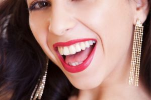 Whitening up a Coffee-Stained Smile