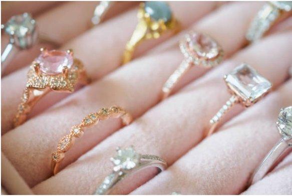 Luxury Jewelries