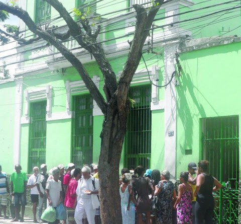 Mosteiro do Jardim São Benedito alimenta 150 pessoas por dia em ...