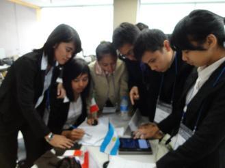 Proses diskusi dan negosiasi