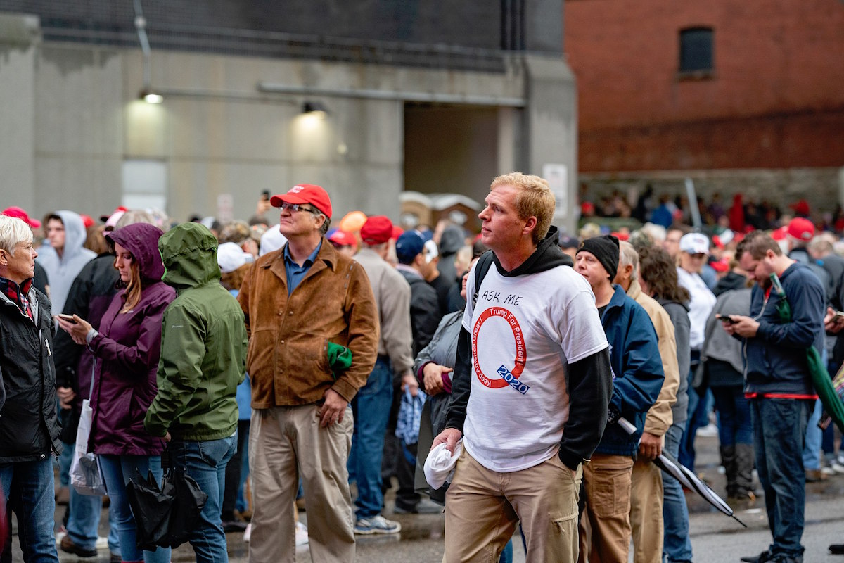 Rallygoers lined up to enter the Target Center arena for a Donald J. Trump for President rally in Minneapolis, Minnesota – October 10, 2019. (Tony Webster from Minneapolis, Minnesota, United States/Creative Commons)