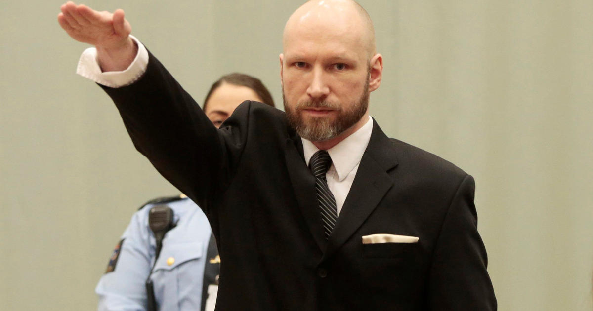 Anders Behring Breivik performs a Nazi gesture during an appeal at Telemark prison in Skien, Norway, on January 10, 2017 (NTB Scanpix/Lise Aaserud via Reuters)