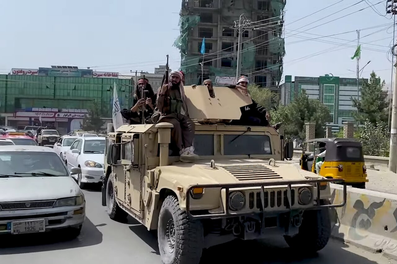 Taliban Humvee in Kabul – August 17, 2021. (Voice of America News, Public domain, via Wikimedia Commons)
