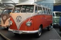 volkswagen-museum-wolfsburg-bus-1