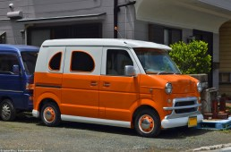 ranwhenparked-japan-van-of-sorts