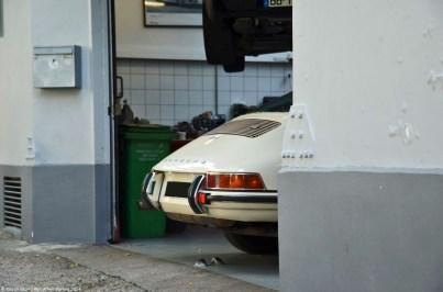 ranwhenparked-paris-porsche-911-2