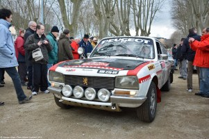 2015-historic-monte-carlo-rally-ranwhenparked-peugeot-504-carlos-tavares-5