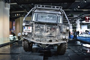 ranwhenparked-iaa2015-land-rover-defender-4