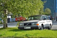 ranwhenparked-norway-volvo-240-1