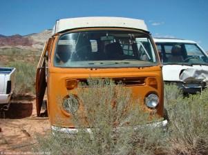 ranwhenparked-utah-junkyard-volkswagen-bus-1974-1