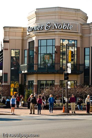 Barnes & Noble corner