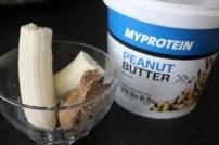 Peanut butter myprotein Manteiga amendoim natural Rapariga moderna - Joana banana blog