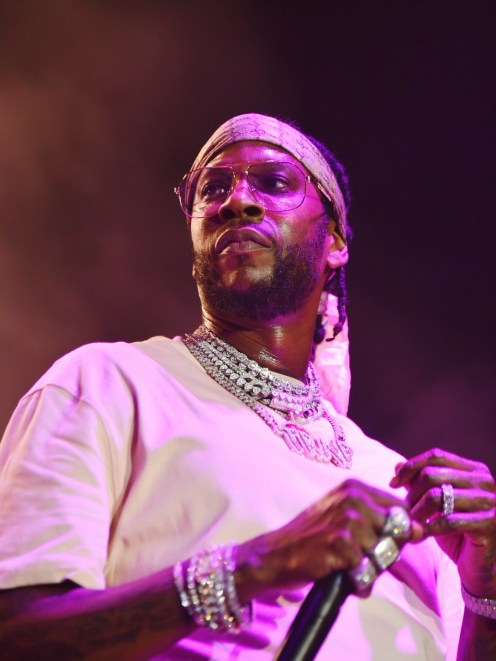 2-Chainz-at-OMF18