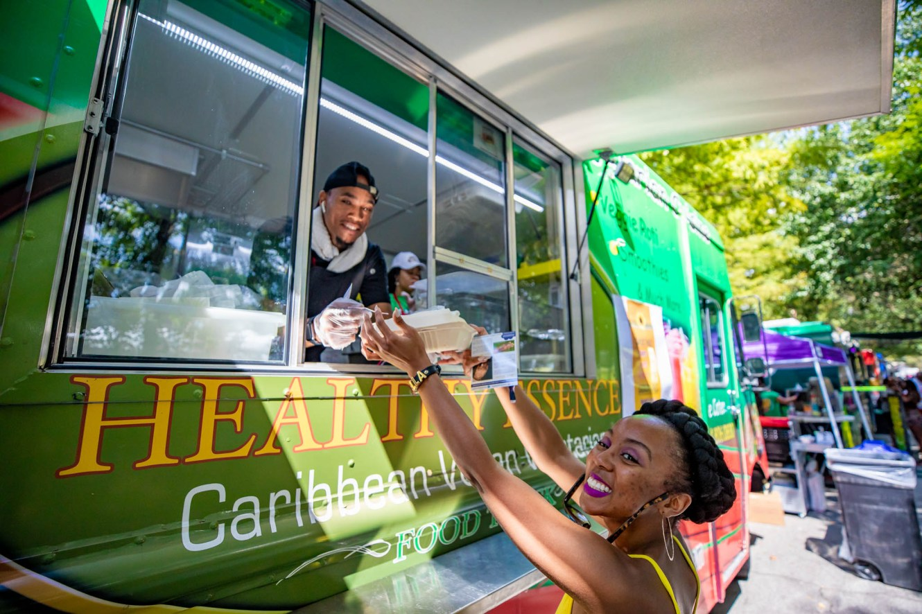 Food-Truck-at-OMF18-