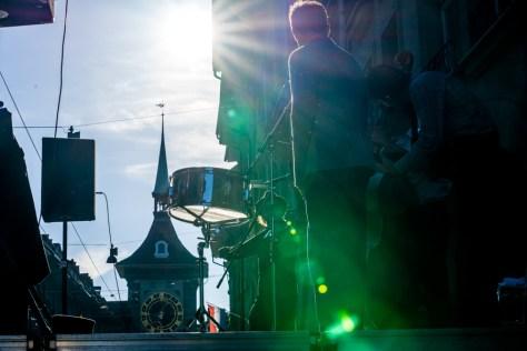 Strassenmusiker in der Altstadt Bern - Sonnenstrahlen