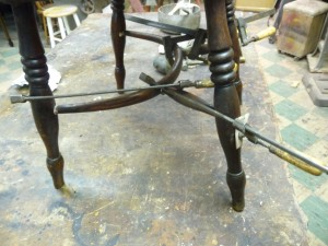 Chair Continous Arm Strecher (17)