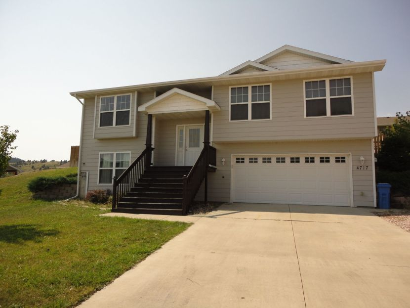 Rapid City SD Home For Sale - 4717 Coal Bank Drive