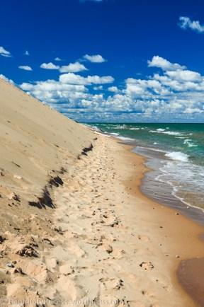 Trail around the dune - sometimes through water