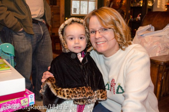 Shari (aka Blondie, my mother-in-law) and Alayna (my niece)