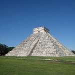 12 hours of Yucatan Maya, part 1: Chichen Itza and Ek' Balam
