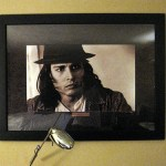 My Planet Hollywood room is creepy – Johnny Depp intensely staring at my bed