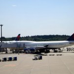 Two Pesos at a SkyTeam: Delta 747-400 Business Elite
