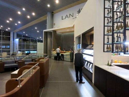 LAN Bogota International Lounge 01
