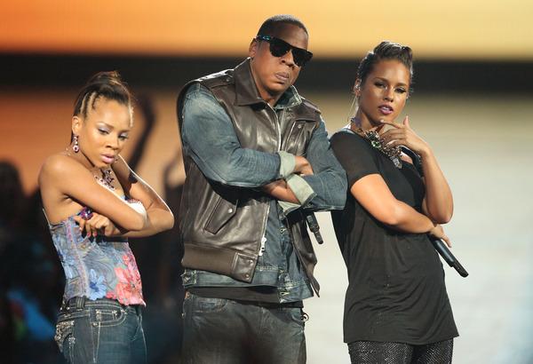 Look Back At It:  Lil Mama Crashes Jay Z's & Alicia Keys' VMA Performance