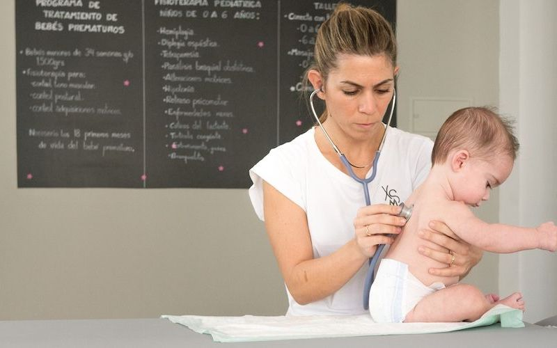 Cómo ayuda la Fisioterapia respiratoria en la Bronquiolitis